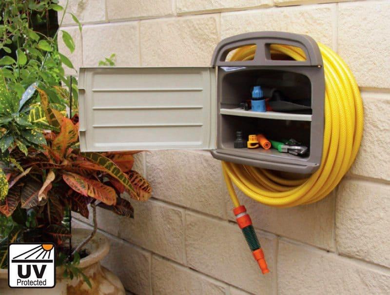 תמונה של מתלה לצינור עם תא אחסון