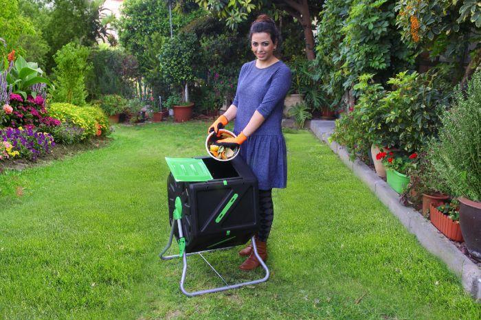 קומפוסטר 105 ליטר בגינה